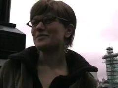 Versaute deutsche mother I'd like to fuck praesentiert sich tabulos in London