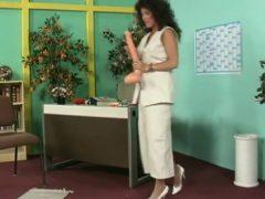 Alexandra Ross – Die geile Sekretaerin