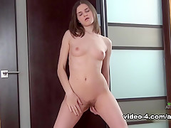 Anna Teilor in Masturbation Movie – AtkHairy