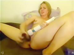 Intensiver Orgasmus mit Grossen Dildo