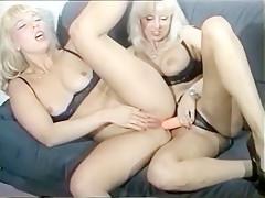 Retro – Geile Lesbian