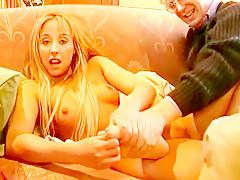 Blond Und Versaut, Scene 2