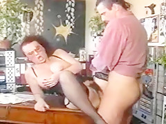 REDHEAD DEUTSCH SECRETARY BLOWJOB