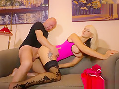 Hartz 4 Blondine richtig geil gebumst watch more on WATCHDIRTY.COM
