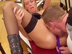 Deutsche Sexlehrerin Hot Barbi