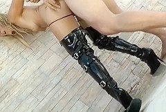 Blondine gefesselt und anal vergewoltatigt
