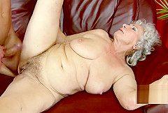 Notgeile Oma brauch jungen Schwanz