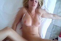 Hot Amateur Teen mit groben Titten und hausgemacht